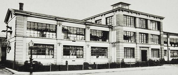 La mansión de la manufactura IWC. La toma es probablemente de 1890